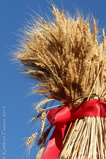 Christmas wheat sheaf